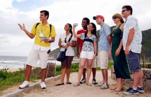 When Is It Most Appropriate To Hire A Private Tour Guide?